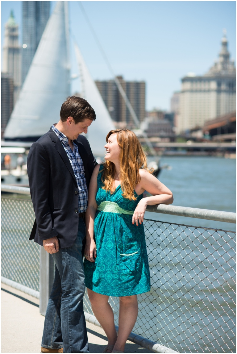 brooklyn_bridge_park_new_york_message_in_a_bottle_proposal_engagment_photography_0018
