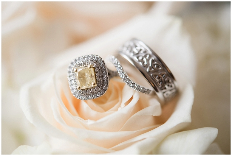 whitby_castle_rye_westchester_romantic_soft_winter_wedding_photography_04