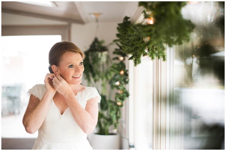 whitby_castle_rye_westchester_romantic_soft_winter_wedding_photography_13